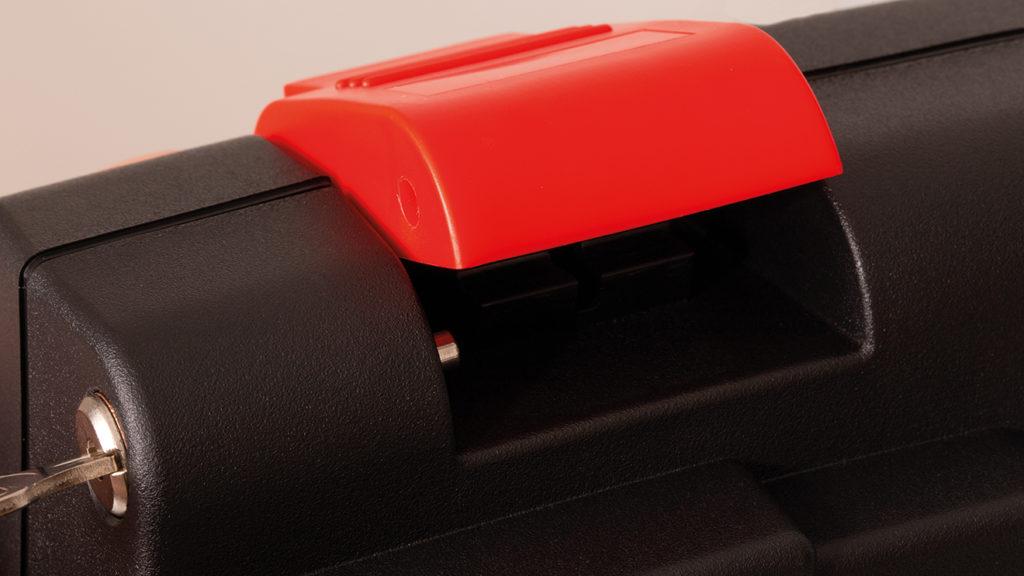 Kofferschloss mit Kniehebelverschluss