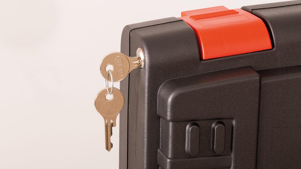 Das HEAVY-Kofferschloss-Set beinhaltet zwei Schlüssel.