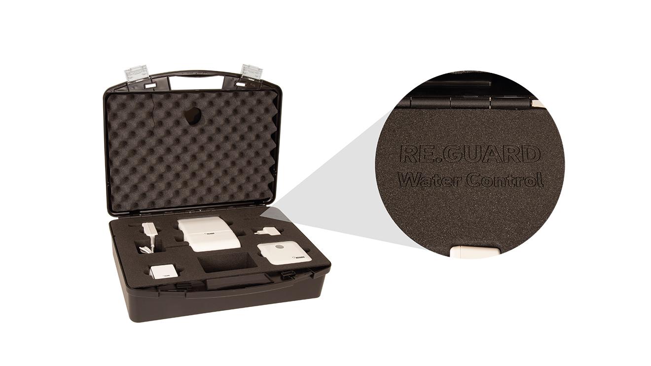 TWIST sample case with laser-engraved logo