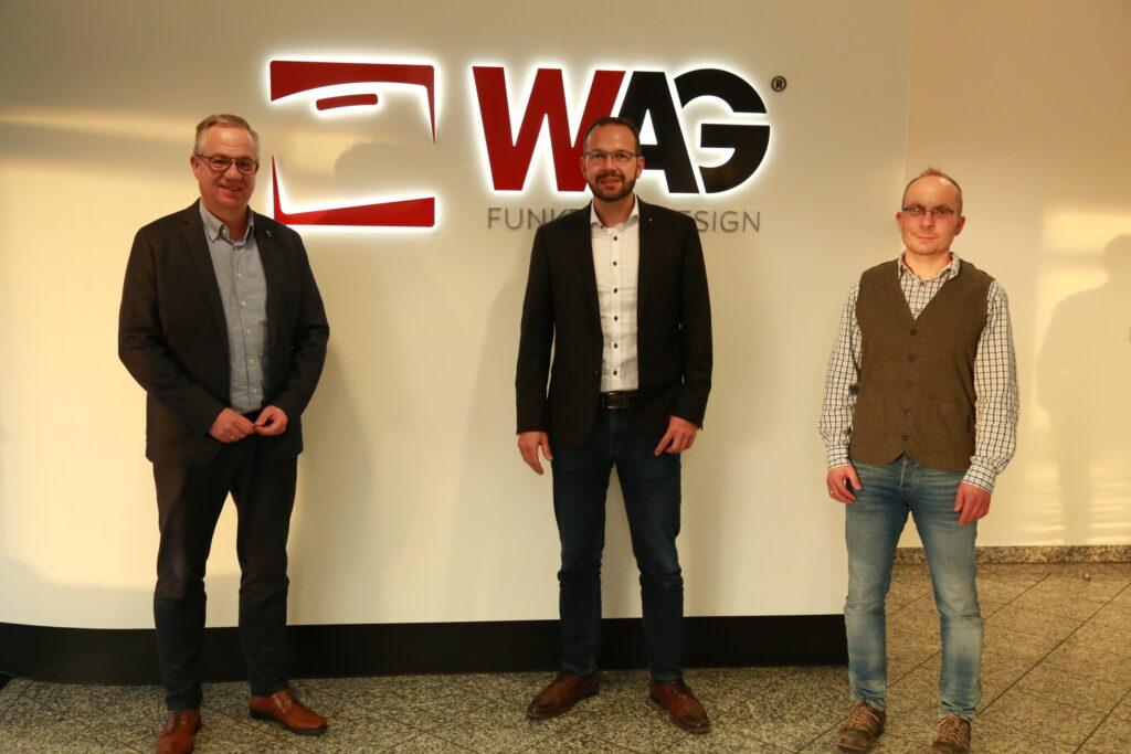 Geschäftsführer Bertram Göb mit Martin Henkel und Herr Fischer